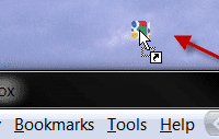 Dragginh the location bar webpage icon to create a shorcut