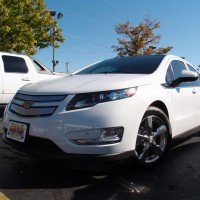 Chevy Volt photo (White 2011)