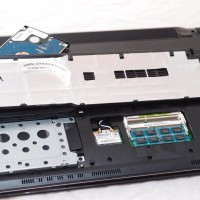With the access panel removed, you have easy access to the two DDR3 ram slots and the hard drive area