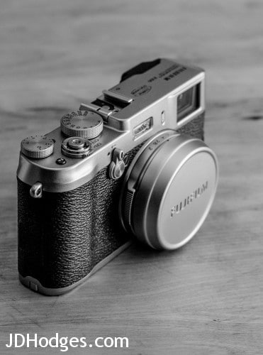 B&W photo of the Fuji X100
