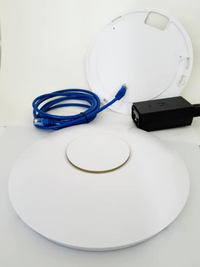 Access point, POE injector, Ethernet cable, mounting bracked