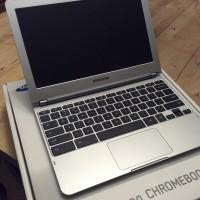 Samsung Chromebook unboxing